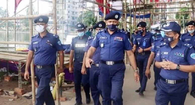 কুমিল্লার ঘটনায় ৪৩ জন আটক : ডিআইজি চট্টগ্রাম রেঞ্জ
